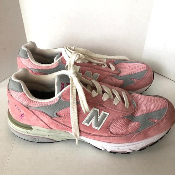 huge discount c7604 7bfb9 New Balance women's 993 pink suede size 9